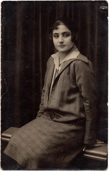 Haroutiun Derhagopian, ca. 1940