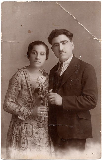 Self-portrait, Haroutiun Derhagopian with his wife, 1925