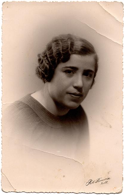 Haroutiun Derhagopian, Photo Français, Zahle, Lebanon, ca. 1930